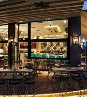 BIBERON Boutique Cafe