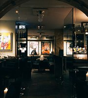 Somm Restaurant & Winebar