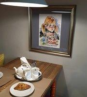 Klaus Cafe