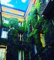 Caveau Milan