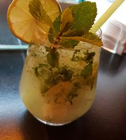 Lola's Resto-Bar