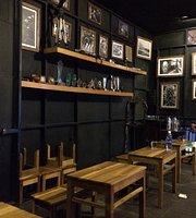 Lens Cafe