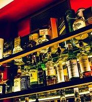 Monte Christo Bar
