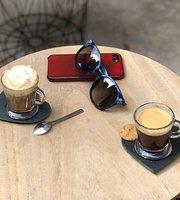 Les Cafes de Cerise