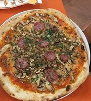 Pizzeria Col Di Lana Da Victoria