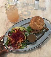 Le Gratitude Cafe
