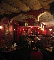Purr Purr Oriental Pub