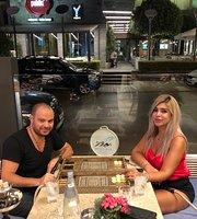 Ana Beirut