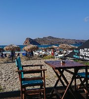 ‪Nireas beach bar restaurant‬