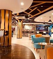 Club Lovello Cafe & Creamery
