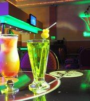 Winco bar
