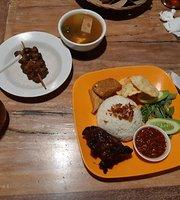 Ayam Bakar Cendrawasih
