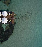 Le Pavillon Beach