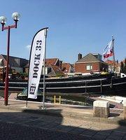 Dock 33