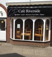 Cafe' Riverside