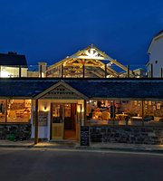 The Boathouse, Beach Bar and Restaurant