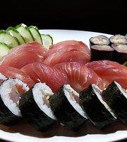 Flamboyant Sushi