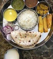 Shaandaar Restaurant & Sweets