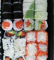 Tomi Sushi Bar