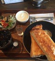 Cafe Akarimachi Awaza