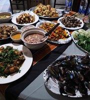 Chung Hue Hut Thai Restaurant
