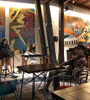 Jazzy Cafe