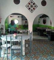 Olivas & Popeye's Restaurant