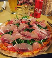 La Curva Pizzeria Bataroleria