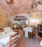 Borgo La Ripadoro Palazzo del Borgo