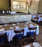 Mundo Kitchen + Wine Bar