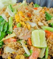 Tom Yum Kai Wan Noodle
