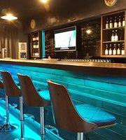 Tipsy Dragon Bar