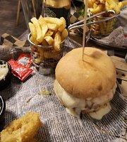 Bastad & Burger