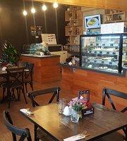 Fusion Café Restaurant Bar