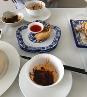 BAI HE Chinese Restaurant
