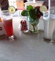 Warung Dive Bar