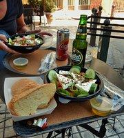 Acron Cafe & Bistro