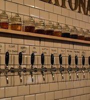 La Peatonal Beer Garden
