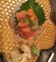 Kume Japanese Sushi and Steakhouse
