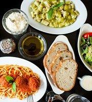 La Strada Restaurant & Cafe