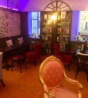 Phoenix Book Café