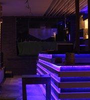 Kings Lounge Bar & Club