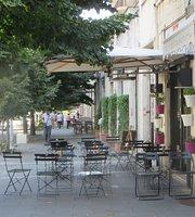 Lele & Marta Cafe