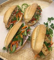 Mr & Mrs Banh Mi
