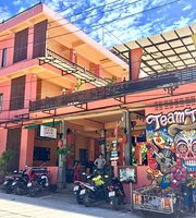 Taco Shack Hostel and Restaurant