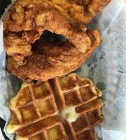 Cheek's Chicken & Waffles