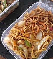 Nik Nak Noodles