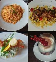 E Jona Bar & Restaurant