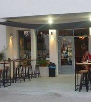 Aragosta Coffee Shop