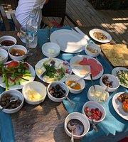 Mumin's Garden Restaurant